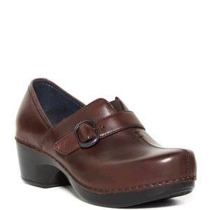 Dansko Tamara Clogs Brown Leather Comfort Shoes 8